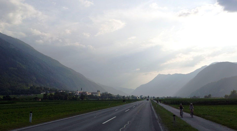 Innradweg bei Stams