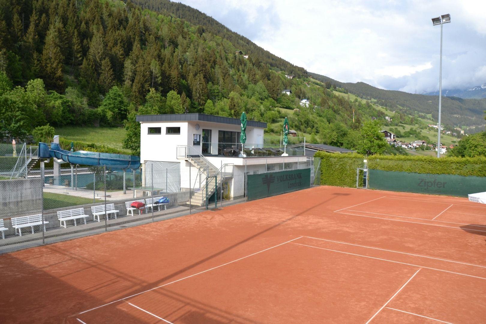 Tennis court flow