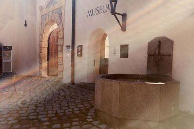 Schlossbrunnen Schloss Landeck