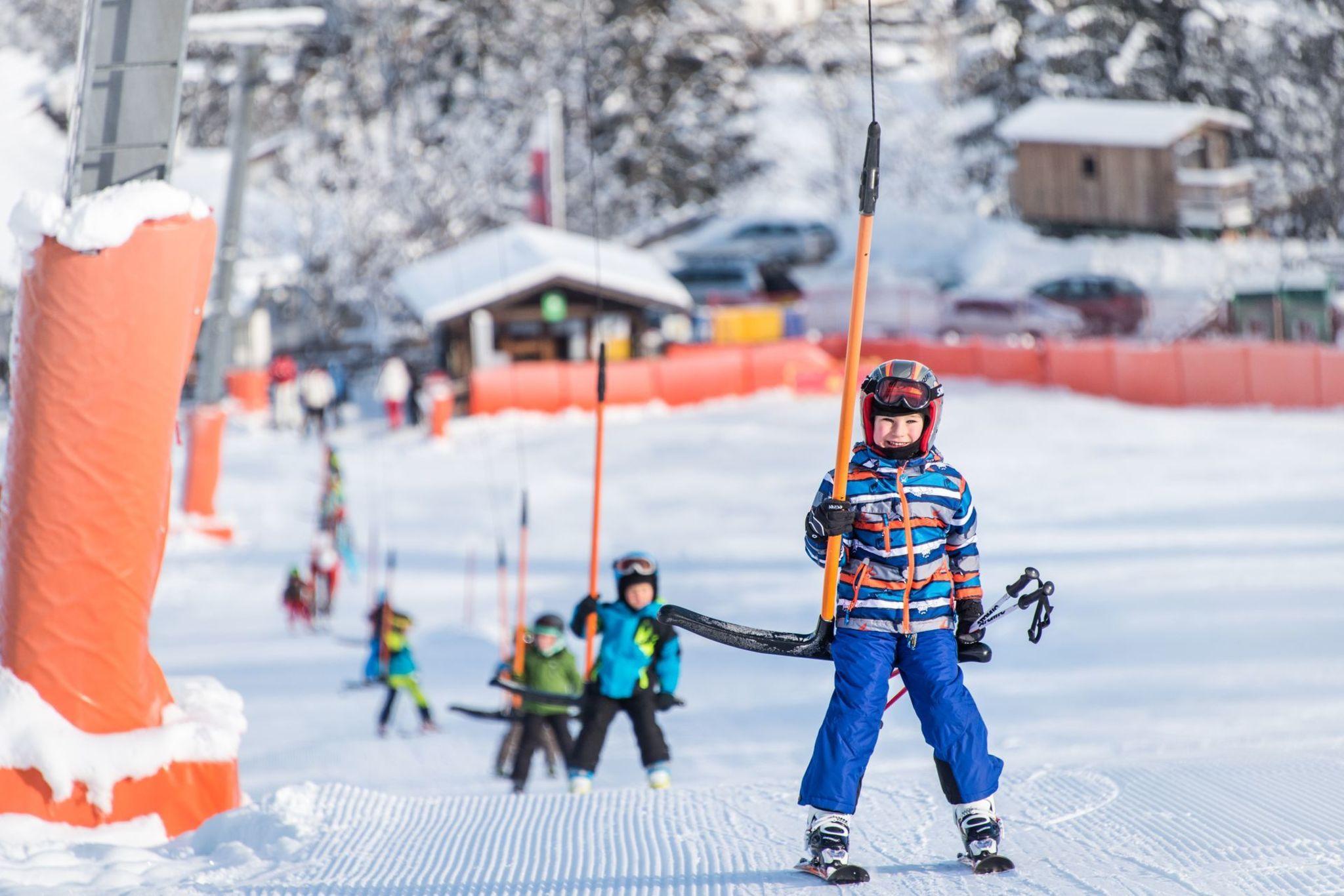 Ski School & Ski Rental Schippel Hansis Skischule Kolsassberg