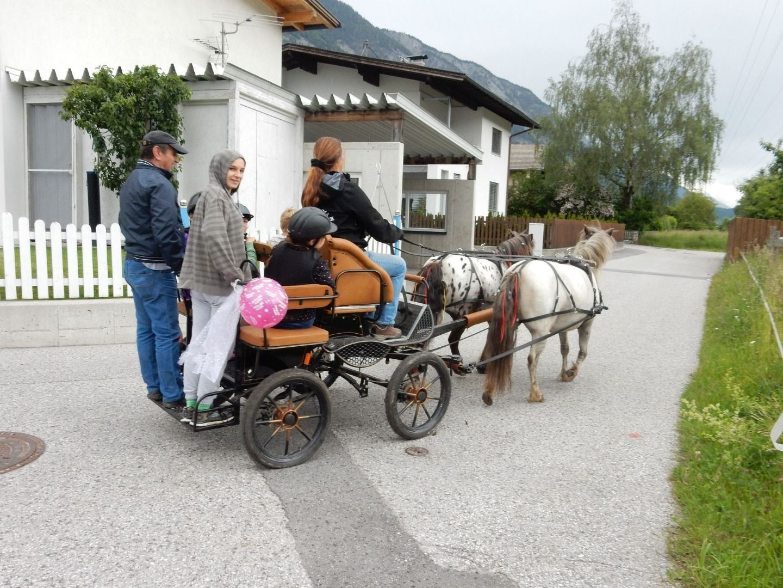 Lunas Ranch - Carriage ride