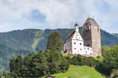 Freundsberg Castle 8