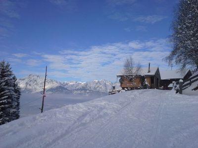 Sonnberghütte im Winter