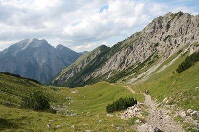 Eagle Walk Stage 08: Erfurter Hütte - Lamsenjochhütte 2