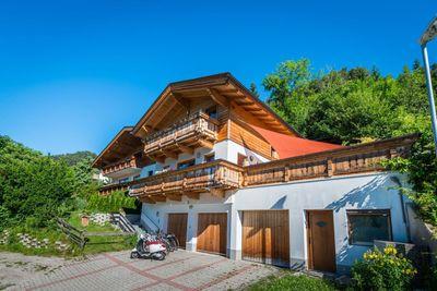 Ferienhaus Chalet Schlossblick 1