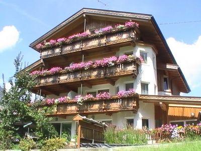 Gaestehaus Alpina_Buch_001.JPG