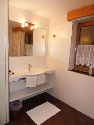 Holiday Apartment Ferienwohnung Alpina 3
