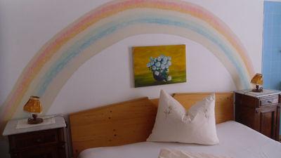 Haus Leach Regenbogen Schlafzimmer.JPG