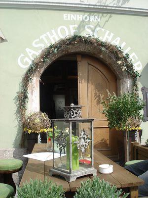Gasthof Einhorn Schaller Eingang.JPG