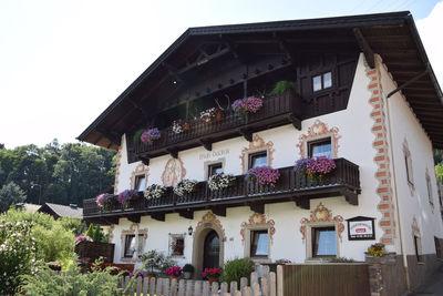 Haus Dudler im Sommer.JPG